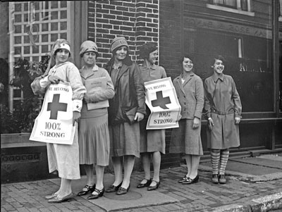 Image of Red Cross Workers